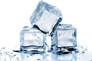 ice cubes - Copyright – Stock Photo / Register Mark