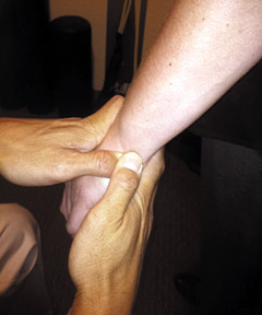 Posterior wrist adjustment - Copyright – Stock Photo / Register Mark
